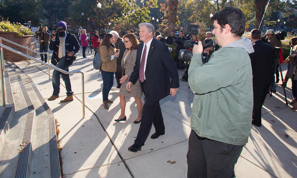 President Thrasher and Provost Stokes walk to Strozier Library Friday morning.