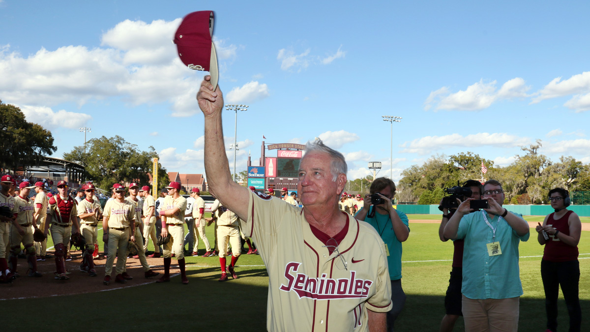 Mike Martin thanks FSU fans following his 1900th win as head coach of the baseball team. Martin finished the season with a career record of 1,944-694-4.