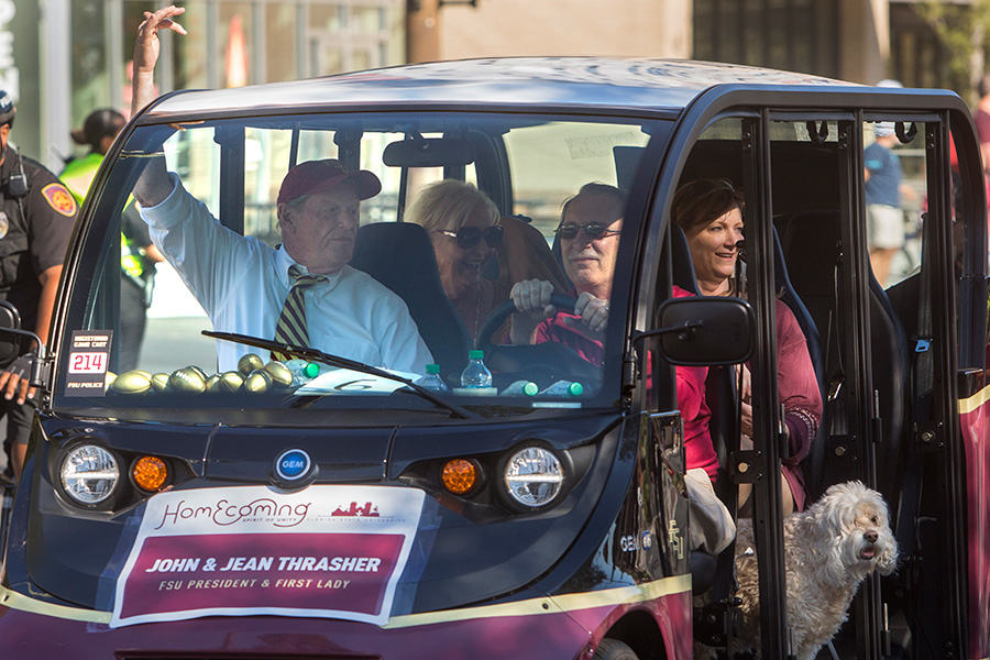 President John Thrasher and Mrs. Jean Thrasher ride in the Florida State University 2017 Homecoming Parade. (FSU Photography Services)