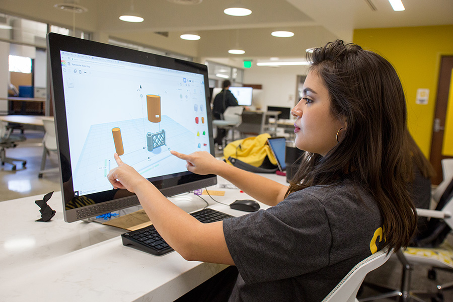 Junior Valerie Segebre, an information, communication and technology major, utilizing the Innovation Hub. (Photo: Photo Services)