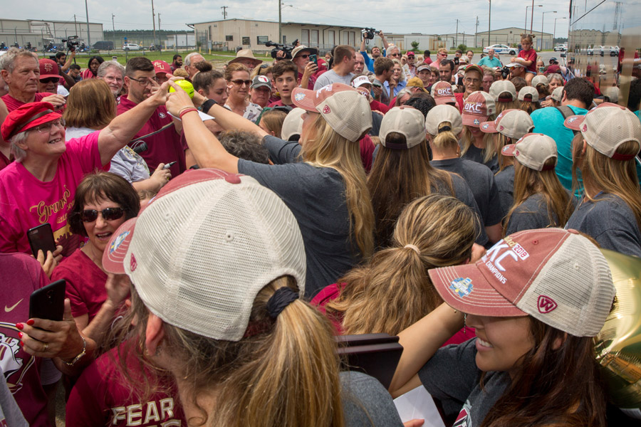 Fans line up to greet FSU's national champion softball players and get autographs at Tallahassee International Airport on June 6, 2018. (FSU Photography Services)