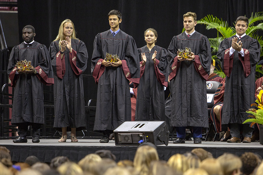 Students participate in the torch ceremony during FSU New Student Convocation Sunday, Aug. 26, 2018. (FSU Photography Services)