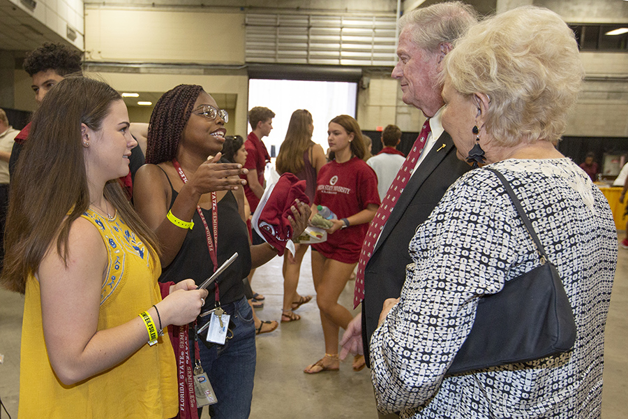 Students meet President and Jean Thrasher during the President's Welcome Sunday, Aug. 26, 2018. (FSU Photography Services)