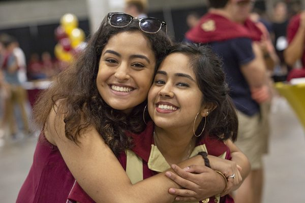 Students enjoy music and food during the President's Welcome Sunday, Aug. 26, 2018. (FSU Photography Services)