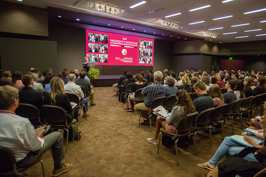 President Thrasher speaks at the 2018 President's Showcase of Undergraduate Research Monday, Oct. 1, 2018. (FSU Photography Services)