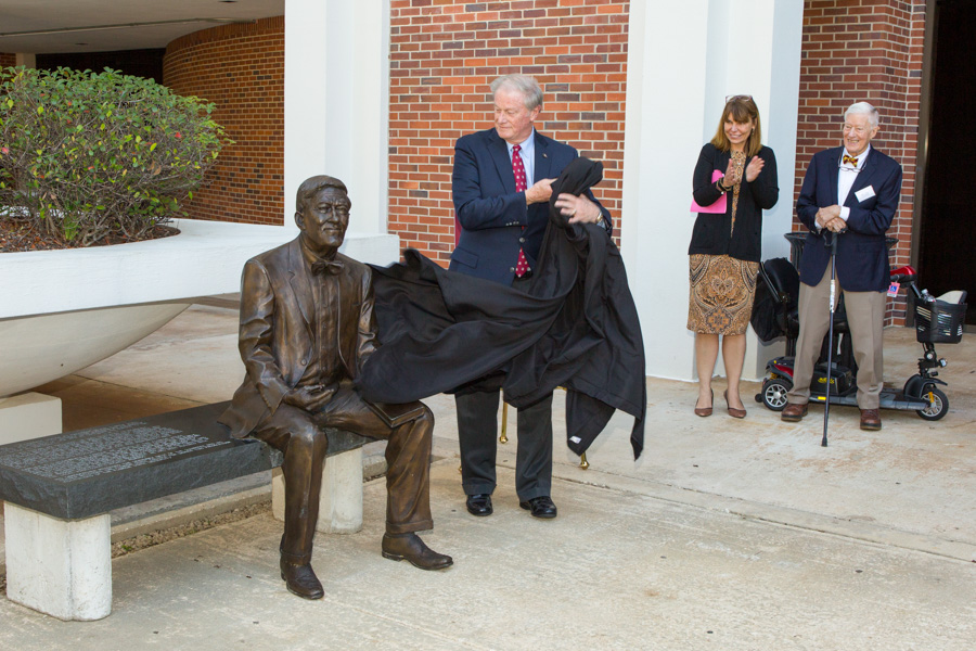 "FSU President John Thrasher unveils the statue in its new location at the College of Law. ""Sandy has the heart of a public servant and a love for law, so it makes sense to have this statue relocated to the college where he served as dean,"" Thrasher said. ""If you know Sandy, you know he has spent his whole life trying to make this world a better place."" (FSU Photography Services)"