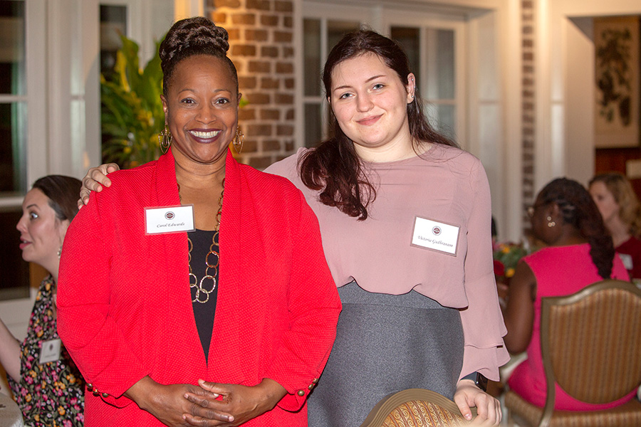 Carol Edwards, assistant professor of social work, and senior Victoria Gudbranson at the Transformation Through Teaching awards dinner Nov. 29, 2018. (FSU Photography Services)