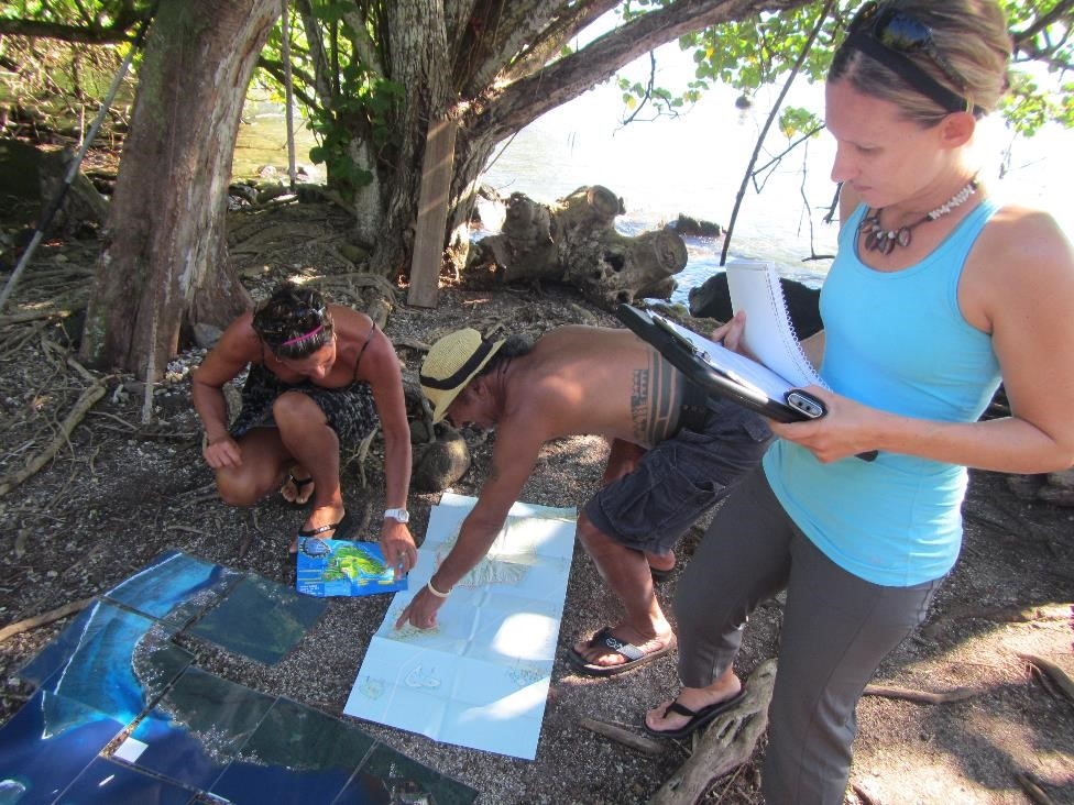The researchers charted courses around the island to survey which fish were at roadside stands. (Credit: Andrew Rassweiler)