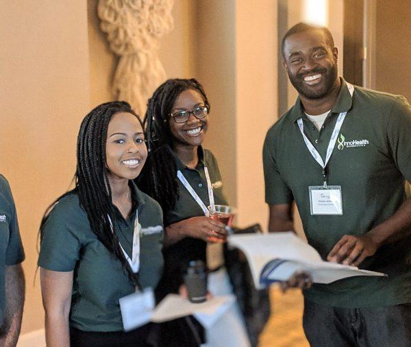 (L-R) Faculty adviser Cesar Rodriguez, Angela Udongwo (InnoHealth), Nkechi Emetuche (InnoHealth), Clarens Jarbath (InnoHealth) and faculty adviser Emily Pritchard.