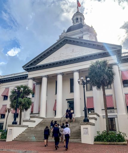 Students head into Florida's Historic Capitol as part of their tour of the Florida Capitol Complex.