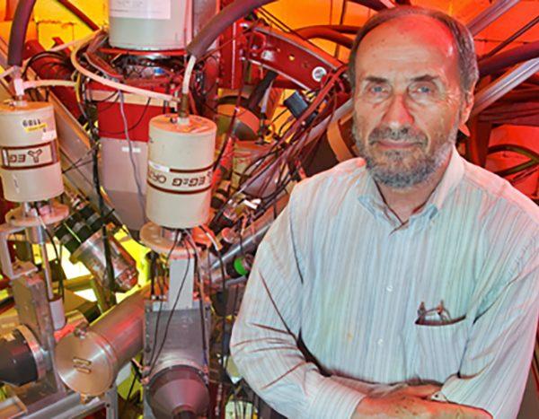 Sam Tabor, professor of physics