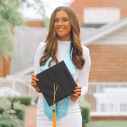 Maggie Fitzsimmons will graduateSunday with a degree inclinicalpsychology and aperfect4.0 GPA.