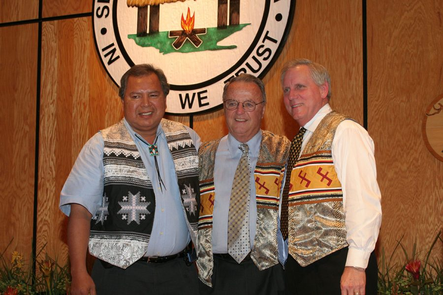 Coach Bowden with Moses Osceola and former FSU president T.K. Wetherell at a Seminole Tribe Hall of Fame event in 2006. (FSU Photography Services)
