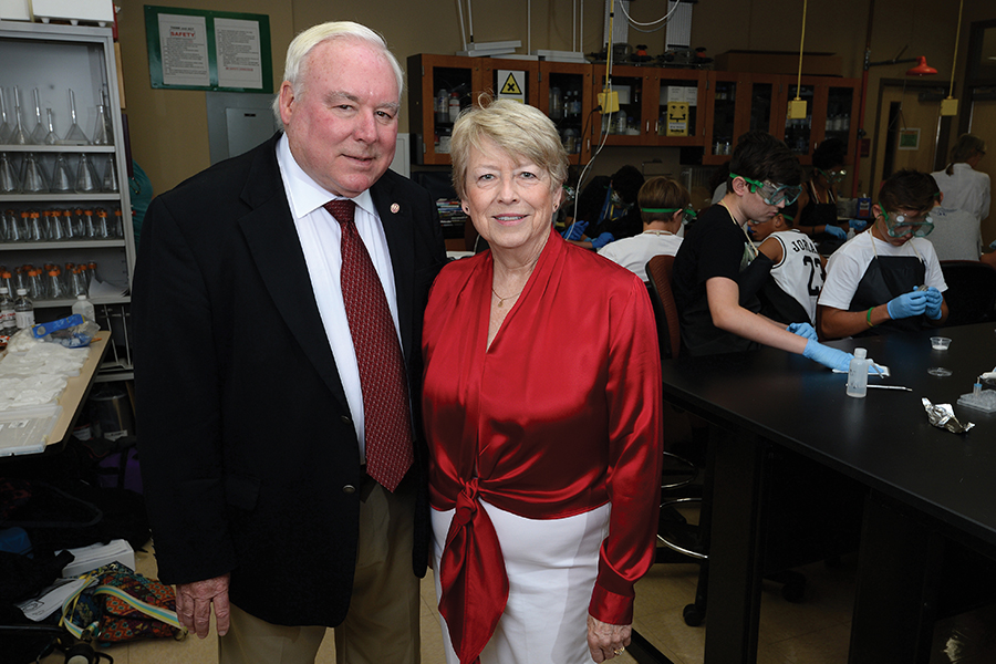 """FSU Panama Cityre-names theLibrary and Learning Centerthe """"Dr. and Mrs. James T. Cook Library and Learning Center""""in honor of Jim and Jan Cook"""