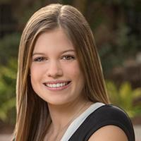 Savannah Savadel, die Erstautorin des Artikels und ehemalige FSU-Studentin, die jetzt am Baylor College of Medicine studiert.